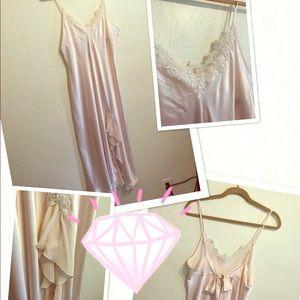 💞 Elegant nightgown 🎀